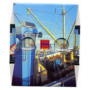 Stereoscope : THE BLUE FISHING BOAT