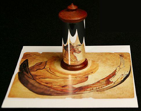 Un miroir cylindrique pour anamorphose - photographie