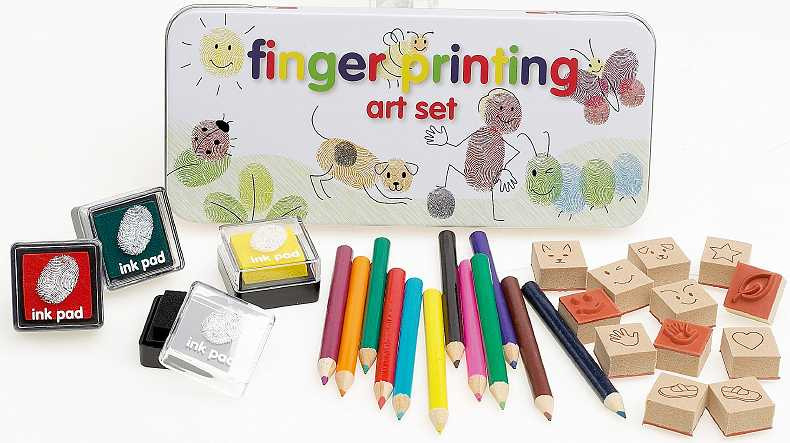 the complete kit for drawing with fingerprints