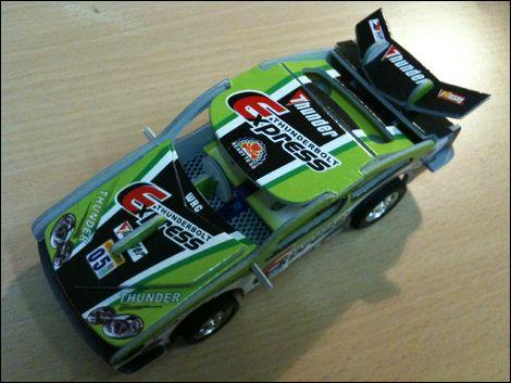 La voiture THUNDERBOLT EXPRESS verte - photographie